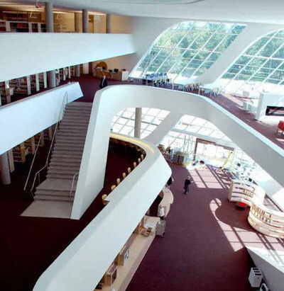 Centre view of City Centre Library